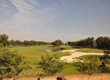 Chateau Golf and Country Club in Kenner